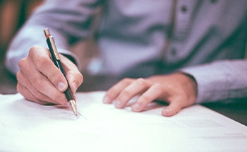 Permitting Pitfalls For Signage – Navigating Codes, Documents, and Deadlines