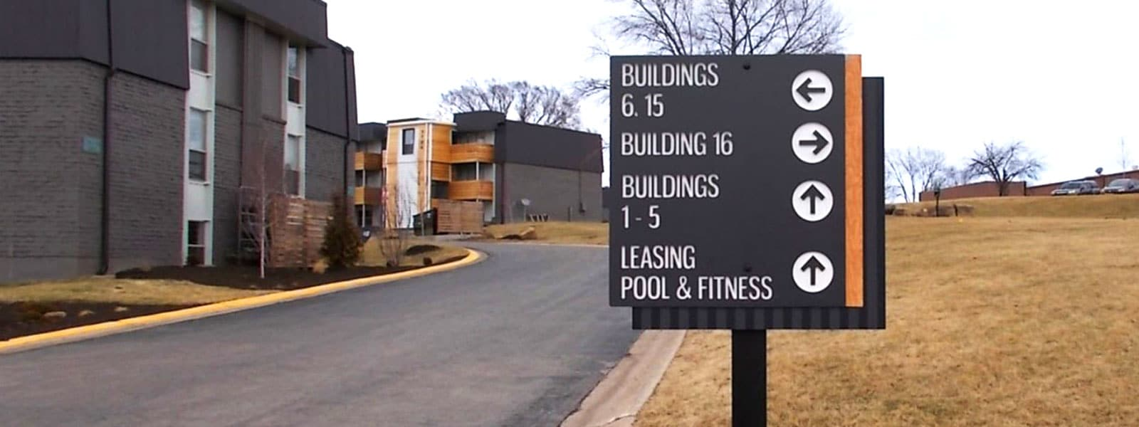 Wayfinding Directional Sign for Multifamily Property